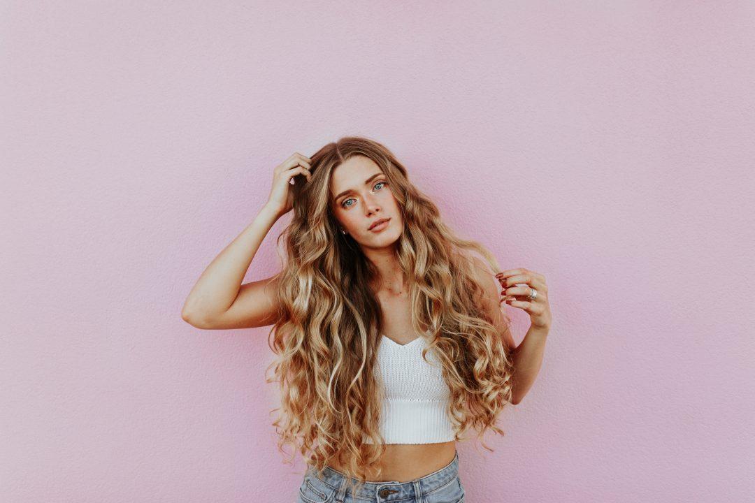 Coupe de cheveux femme long cou